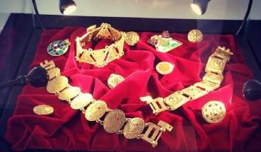 Expoziţie de bijuterii în Casa Darvas – La Roche