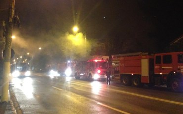 Incendiu pe strada Clujului din Oradea. I-au luat foc cazanul de incalzire si o cusca pentru caine