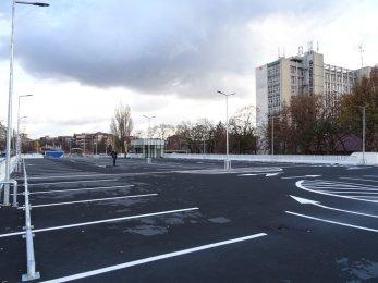 Noua parcare, de langa Piata Rogerius, se va deschide maine. Vezi cum arata – GALERIE FOTO