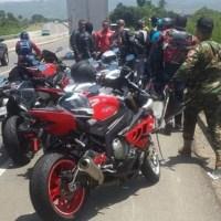 Trágico accidente en Circunvalación Norte, dos motociclistas heridos y uno muerto