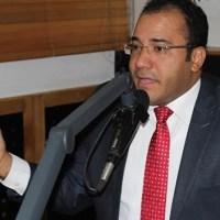 """Salvador Holguín """"reafirma"""" hija de Medina fue víctima de atraco"""