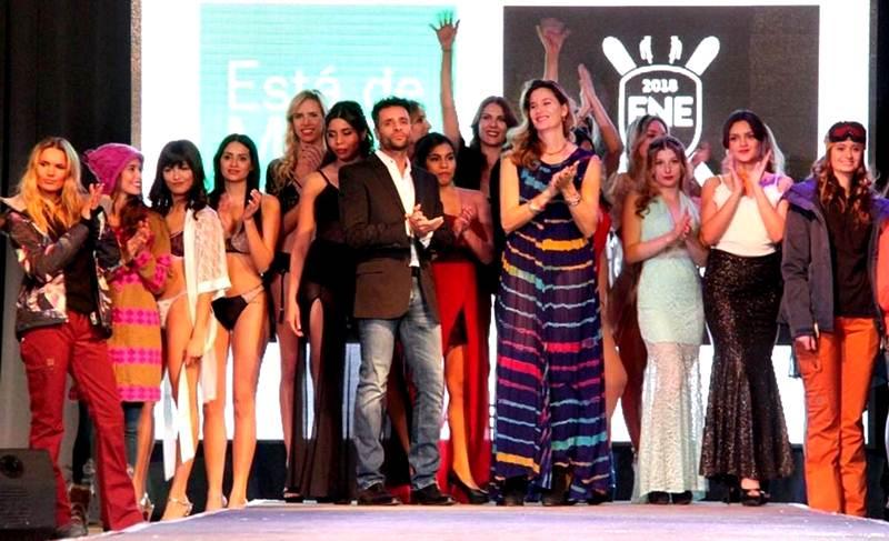 """El desfile """"Está de moda Corrientes"""""""