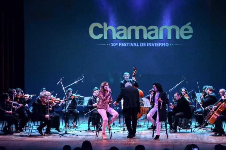 """Comenzó el 10° Festival de Invierno """"Chamamé"""" en el Teatro Vera"""