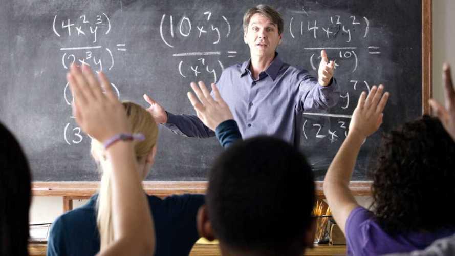 Por qué se celebra hoy el Día del Profesor