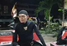 Pergi Haji Pakai Motor