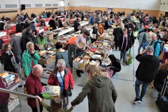 14. Bücherflohmarkt Neuhausen – Fotogalerie