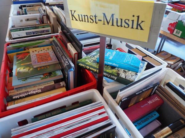 15. Büchermarkt Sri Lanka Hilfe im Biet – Fotogalerie