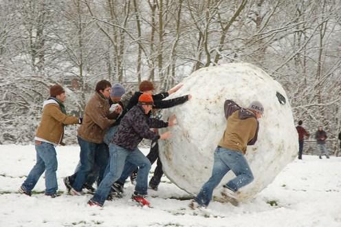 Use a Tática Bola de Neve – Invista em divulgação
