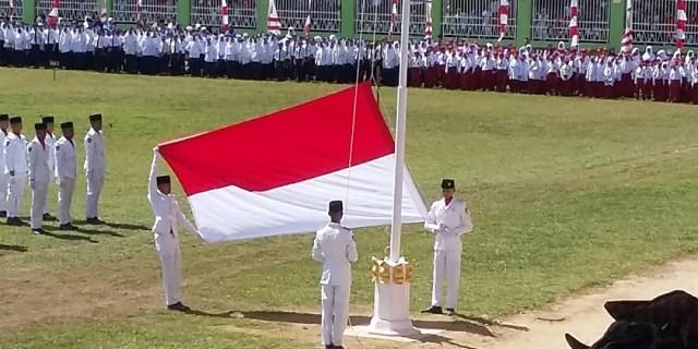 Paskibra Kota Solok Sukses Kibarkan Sang Merah Putih Pada HUT ke-73 RI 2018
