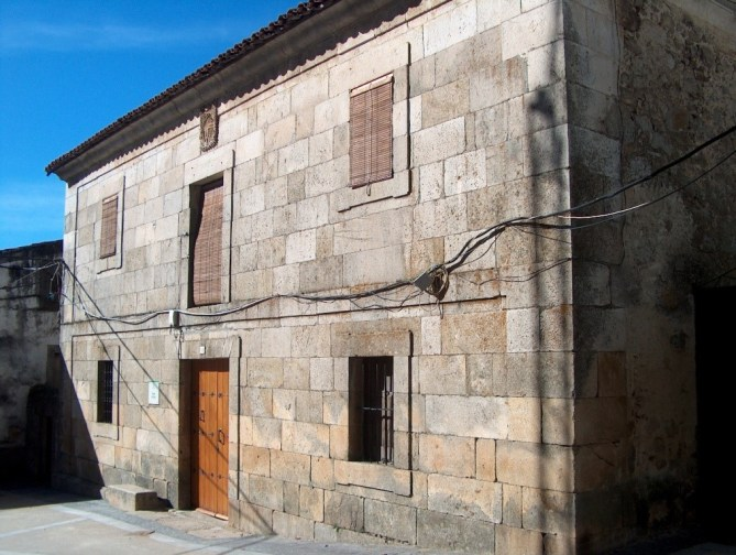 casa del dean, sierra de gata, turismo, raya, raia, portugal
