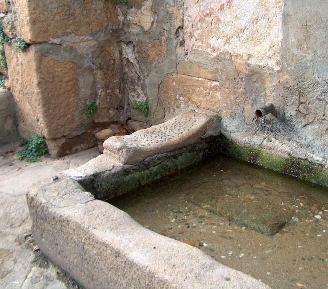 fuente, torre de don miguel, sierra de gata, portugal, turismo, raya, raia