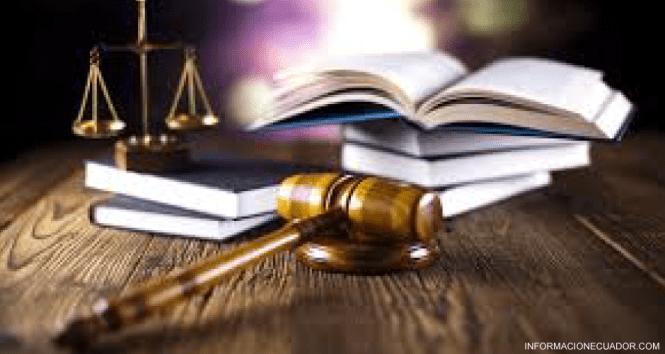 Consulta-Jurídica-Online---Asesoría-Legal-Gratis-Abogados-Ecuador-informacionecuador.com