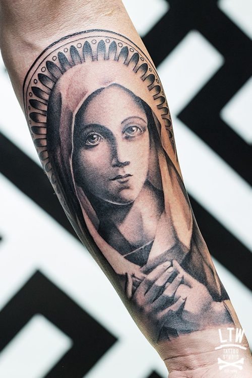 Tatuajes Religiosos De Jesus Cruces ángeles Y Vírgenes
