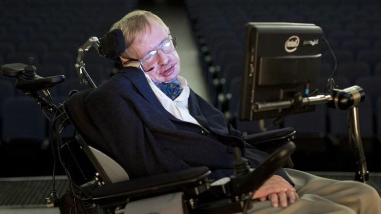 Silla de Stephen Hawking, con el dispositivo de comunicación