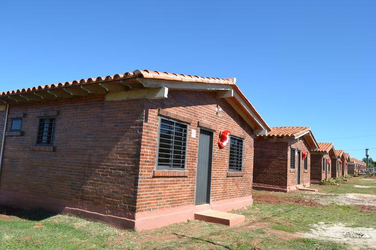 NUEN7YHZKFAWDHD6QAGLSFWBYE Unas 15 familias recibieron viviendas propias en Misiones