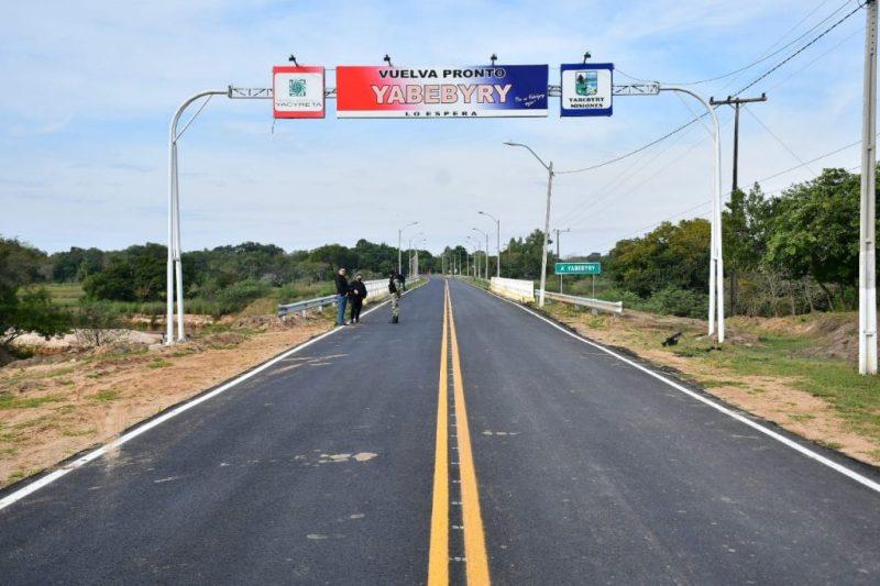 Ya1-1024x682-1 Ejecutivo Inaugura Millonarias Inversiones En Infraestructura Vial, Educación, Salud Y Deportes En Misiones