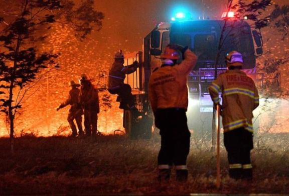 Thousands of troops deployed to help fight raging fires