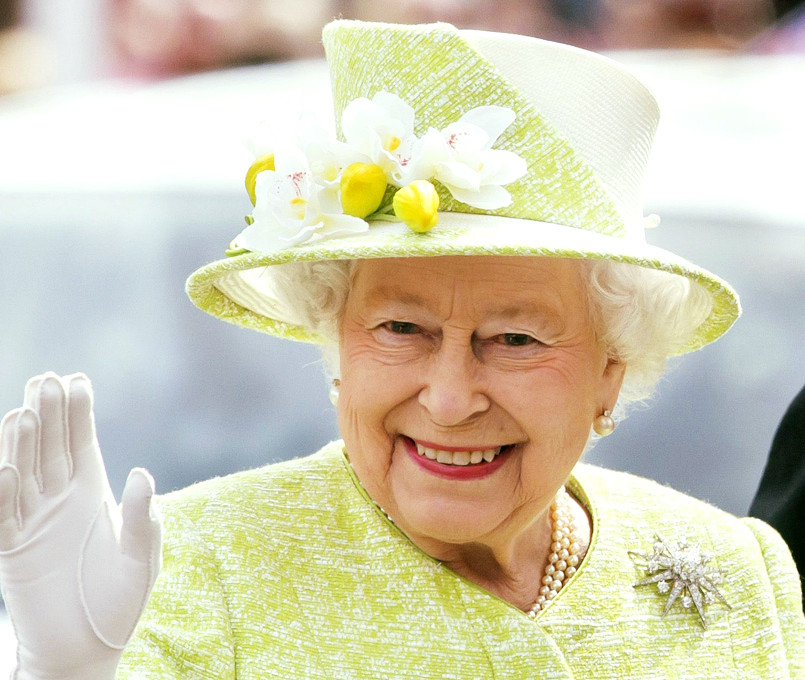 Queen Elizabeth II birthday socially-distanced military ceremony Windsor Castle COVID-19 pandemic