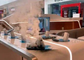Un Galaxy Note 9 se incendia en tienda de Movistar del Jockey Plaza