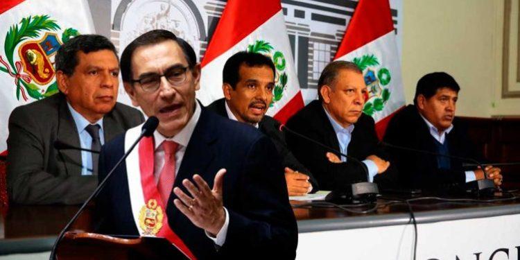 Frente Amplio deja solo a Martín Vizcarra y votarán en contra de la cuestión de confianza
