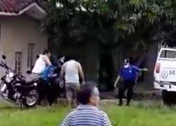 Burgomaestre fue conducido al Hospital de Apoyo de Iquitos en un vehículo de Serenazgo.
