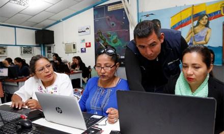 Estudiantes y docentes del régimen Costa accederán a educación online