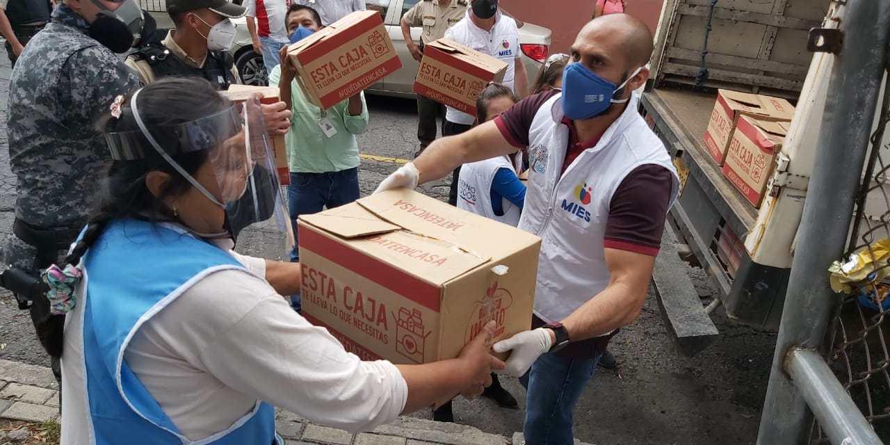 Comerciantes minoristas de quito recibieron 1.300 kits alimenticios