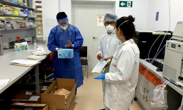 Arcsa revisa pruebas de Covid-19 en laboratorio de Universidad Ikiam