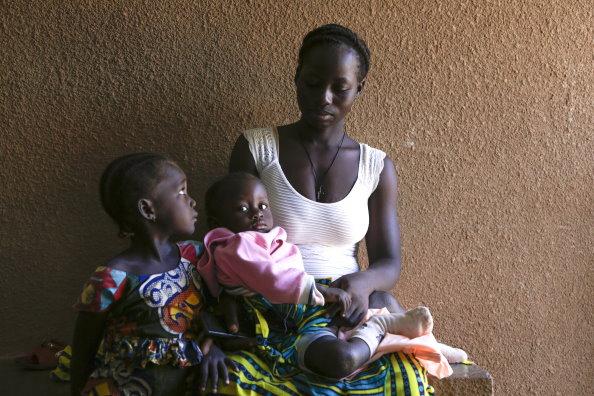 10.000 niños más mueren mensualmente en el mundo por hambre