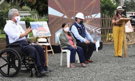Personas con discapacidad y artesanos de Pile, provincia de Manabí recibiero sus nuevas viviendas