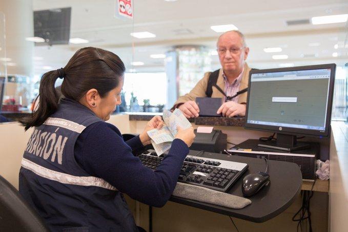 Ecuatorianos podrán utilizar pasaportes caducados hasta el 28 de febrero de 2021