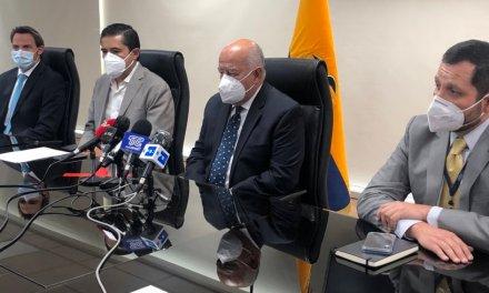 El ministro de Economía y Finanzas Mauricio Pozo anuncia que fortalecerá el plan económico