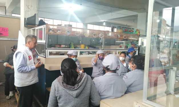 Los candidatos a asambleístas por Democracia Si recorrieron la ciudad de Otavalo