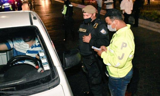 El Ministro de Gobierno dispone reforzar presencia policial en Guayaquil