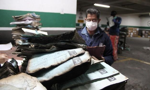 Contraloría acelera recuperación de expedientes afectados en el incendio de octubre
