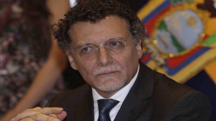 Pablo Celi renunció al cargo de Contralor subrogante