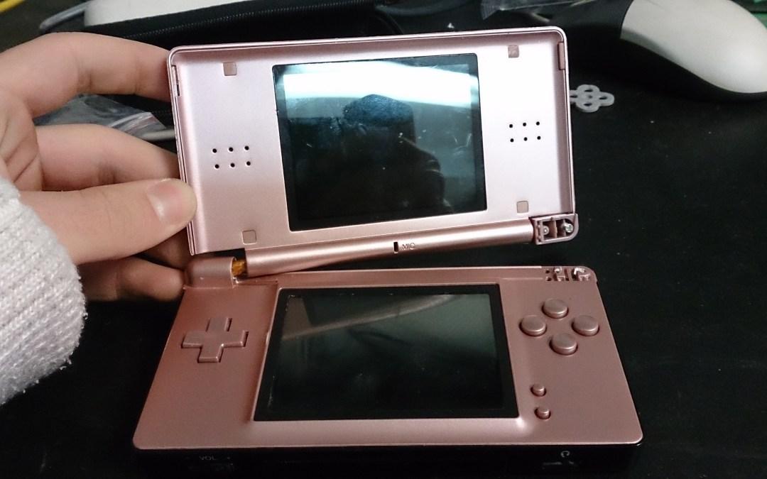 Reparación de Nintendo DS Lite