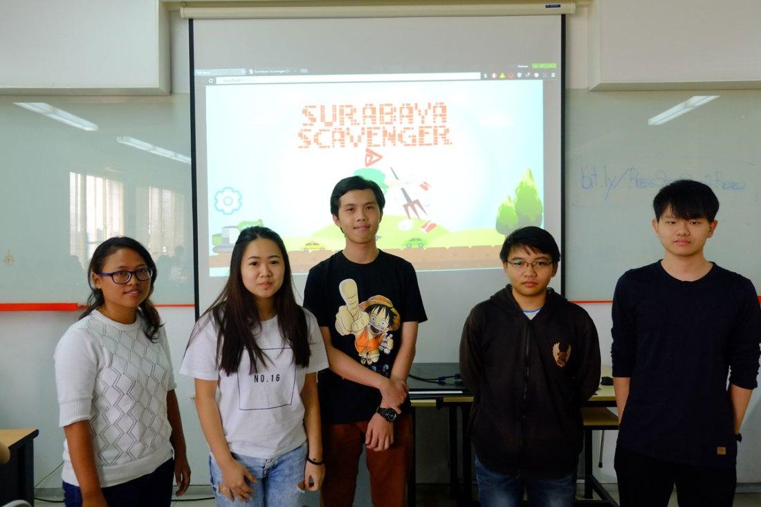 "Team ""Batman"" - Game ""Surabaya Scavenger"""