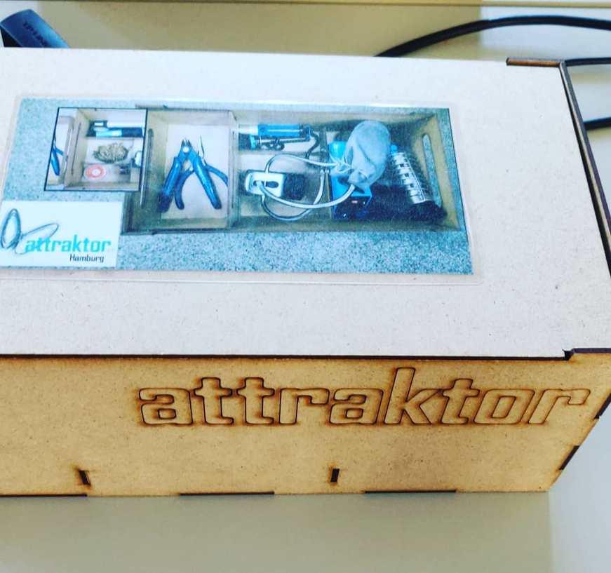 Gleich geht's los. Lötworkshop @attraktor_org #CodeWeek <a rel=