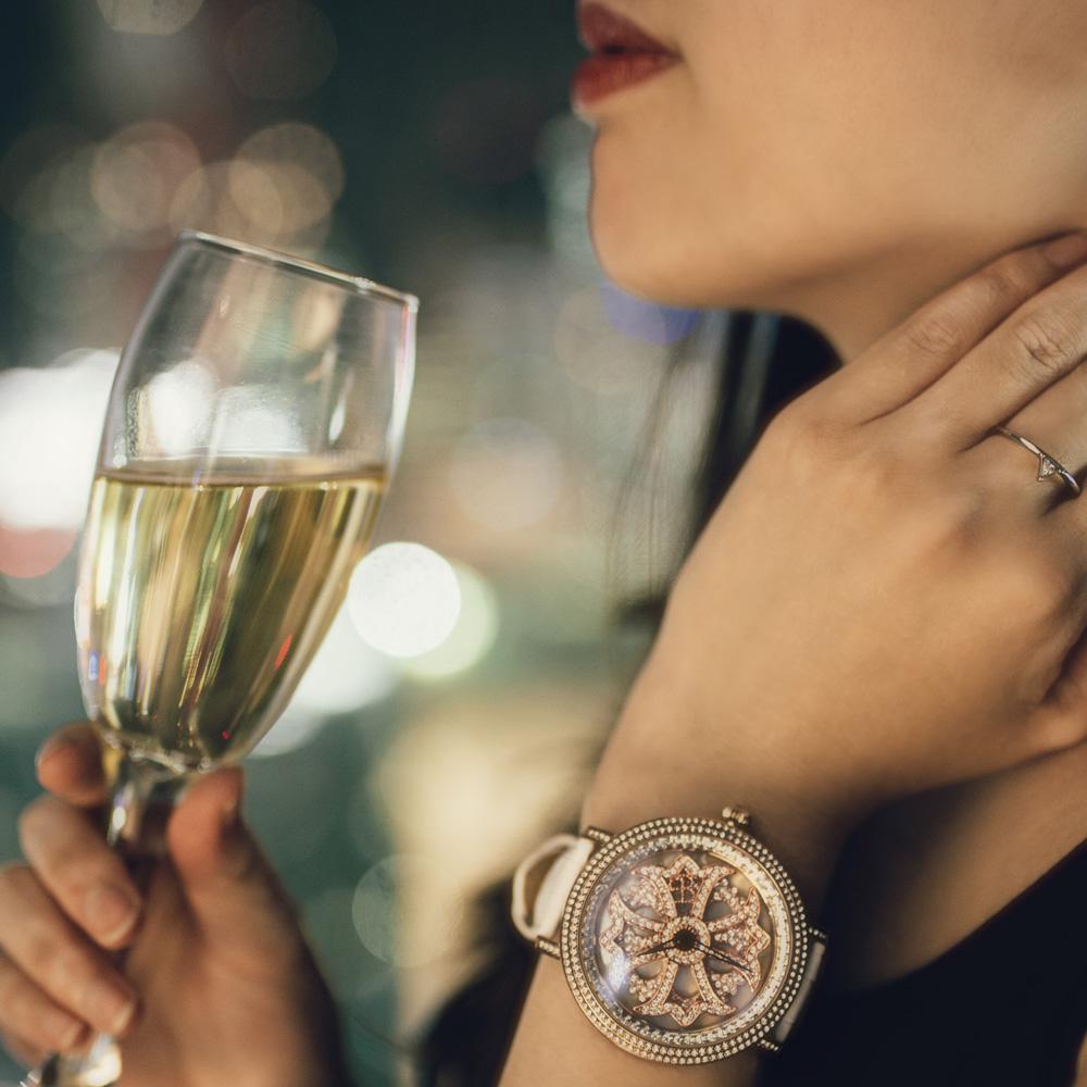 「回る文字盤」洗練されたデザインの【BRILLAMICO(ブリラミコ)】の腕時計をプレゼント!