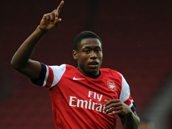 Nigerian-Born Chuks Aneke Returns to Crewe Alexander.