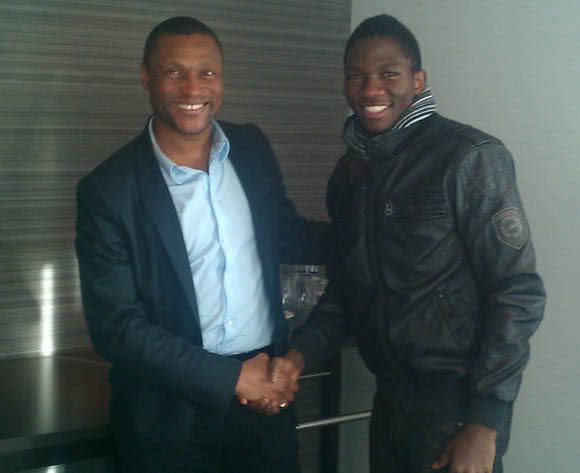 Omeruo Meets Mike Emenalo, Chelsea's Director of Football.