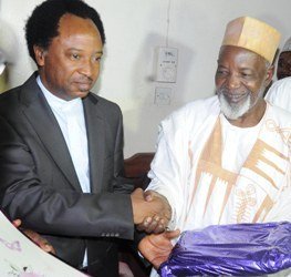 PRESIDENT CIVIL RIGHT CONGRESS, COMRADE SHEHU SANI (LEFT) CONGRATULATING FORMER GOVERNOR OF OLD KADUNA STATE, ALHAJI BALARABE MUSA, DURING HIS 77TH BIRTHDAY CELEBRATION IN KADUNA YESTERDAY (CREDIT: DAILY TRUST)