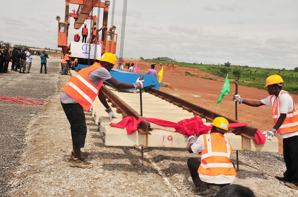 TRACK LAYING TRAIN, AT THE OFFICIAL COMMENCEMENT OF THE TRACK LAYING OF ABUJA (IDU)-KADUNA RAILWAY MODERNIZATION IN ABUJA (NAN)