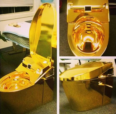 gold_toilett_birdman