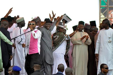 PRESIDENT GOODLUCK JONATHAN, IBRAHIM SHEKARAU, OTHER PDP STALWARTS DANCE TO MUSIC BY POPULAR HAUSA MUSICIAN/ACTOR, SANI DANJA IN KANO ON TUESDAY