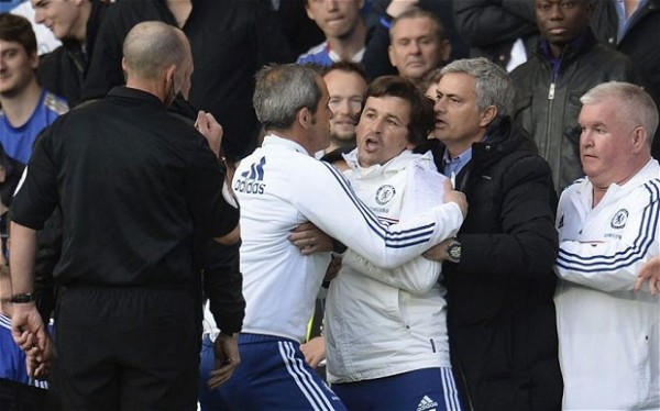 Rui Faria Restrained from Confronting Referee Mike Dean During Chelsea's Home Defeat By Sunderland.
