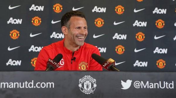 Ryan Giggs Says Wayne Rooney Has a Groin Problem.
