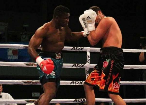 Efetobor Apochi Beats Australia's Opetaia to Reach Glasgow 2014 91kg Heavyweight Boxing Semi-Finals.
