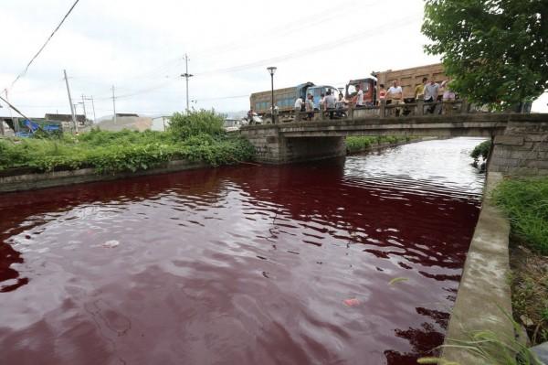 blood-river_3_